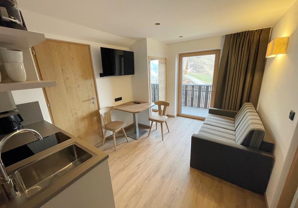urlaub-appartements-schnalstal-vacanza-appartamenti-senales-dorfblick-An3