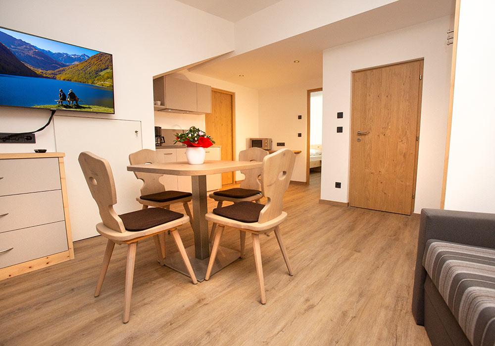 urlaub-appartements-schnalstal-vacanza-appartamenti-senales-dorfblick-B1