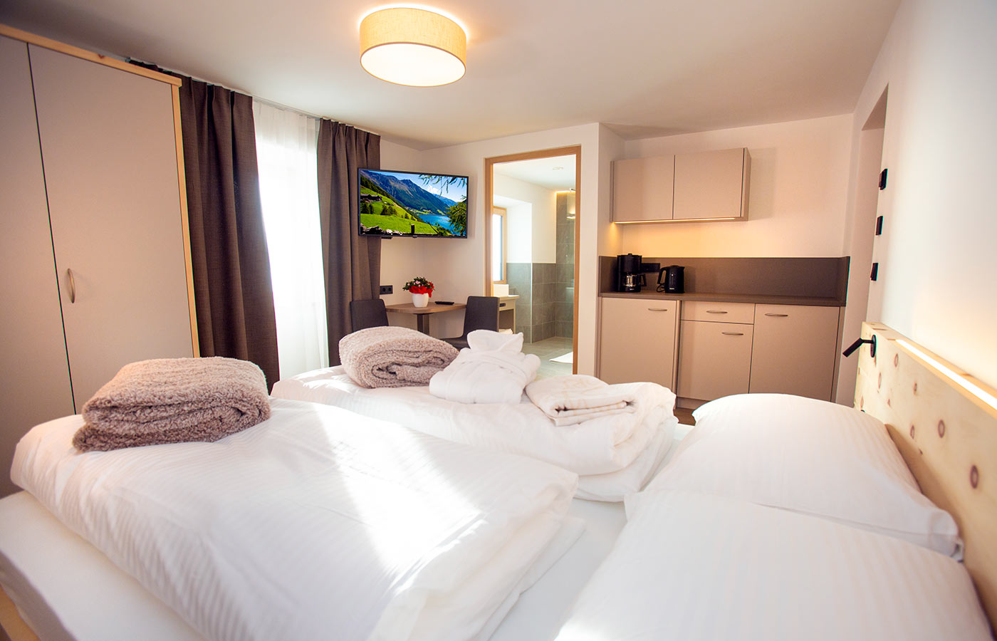 urlaub-appartements-schnalstal-vacanza-appartamenti-senales-dorfblick2